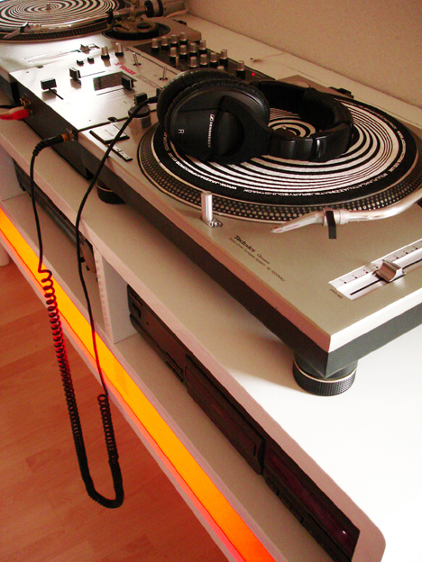 Turntable Board