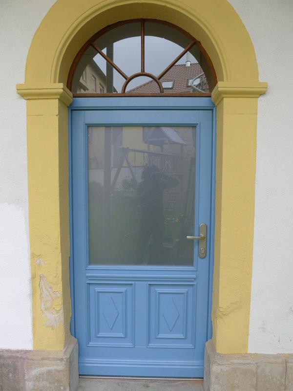 Haustür – altes Design, neue Technik
