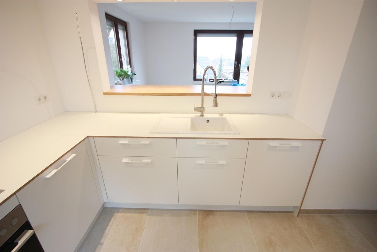 Aufsicht auf Küche weiß, Multiplex weiß beschichtet