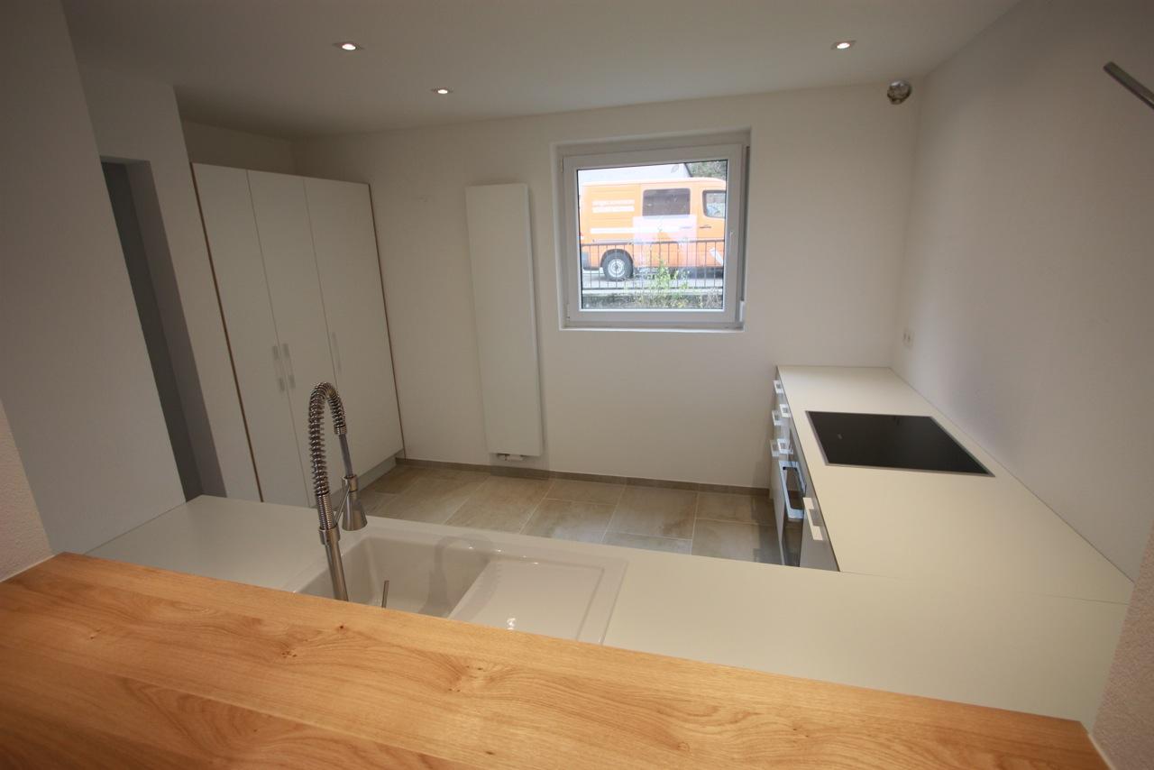 Einblick in Küche weiß, Multiplex weiß beschichtet