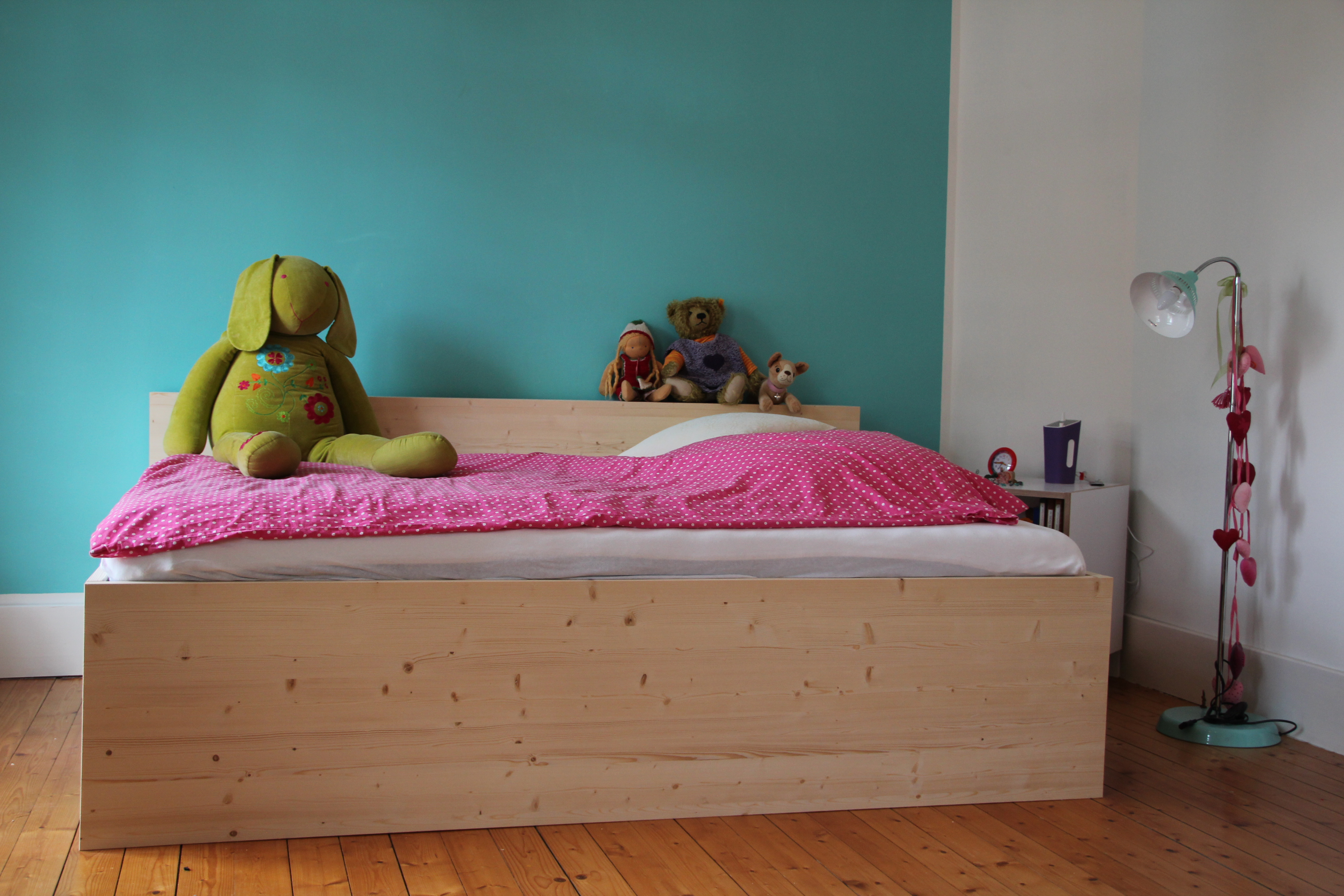 Kinder-Bett in Lärche Natur